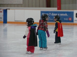 Halloween fun at Monday CanSkate